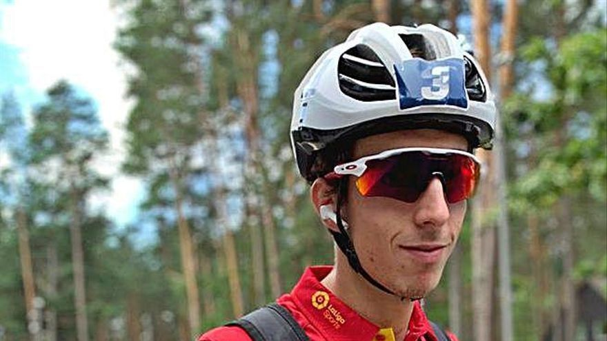 Jesús Jiménez logra ser 4º en el europeo de triatlón
