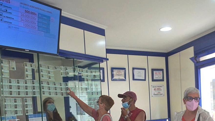 Las administraciones de lotería cerrarán sus puertas durante la concentración en Madrid