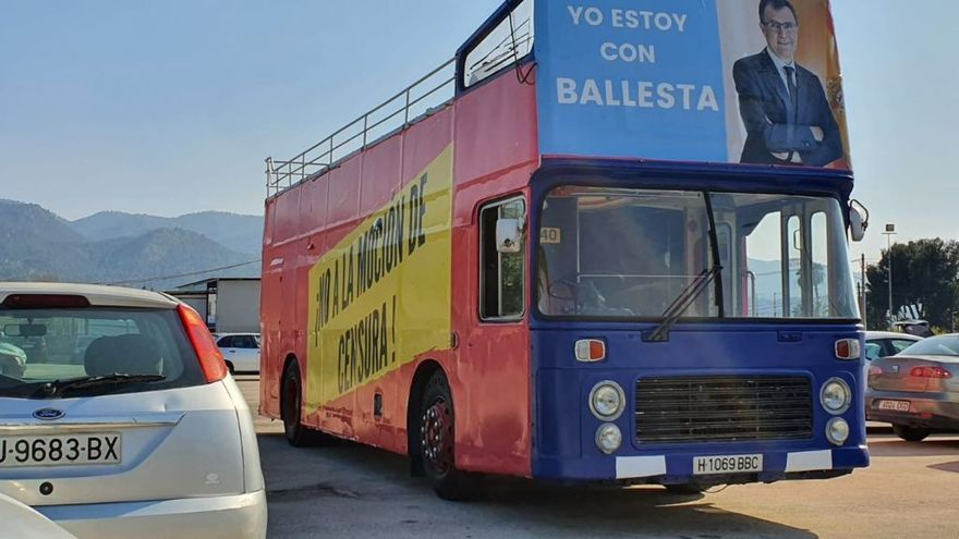 Los pedáneos del PP calientan la caravana contra PSOE y Cs en Murcia
