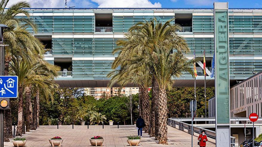 El Ayuntamiento de Benidorm cierra el presupuesto de 2020 con un superávit de 10 millones de euros