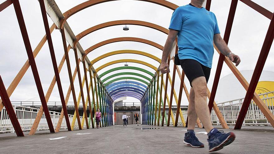 Avilés se reivindica como ciudad paseable: recopilatorio de todos los destinos a 15 minutos a pie del centro