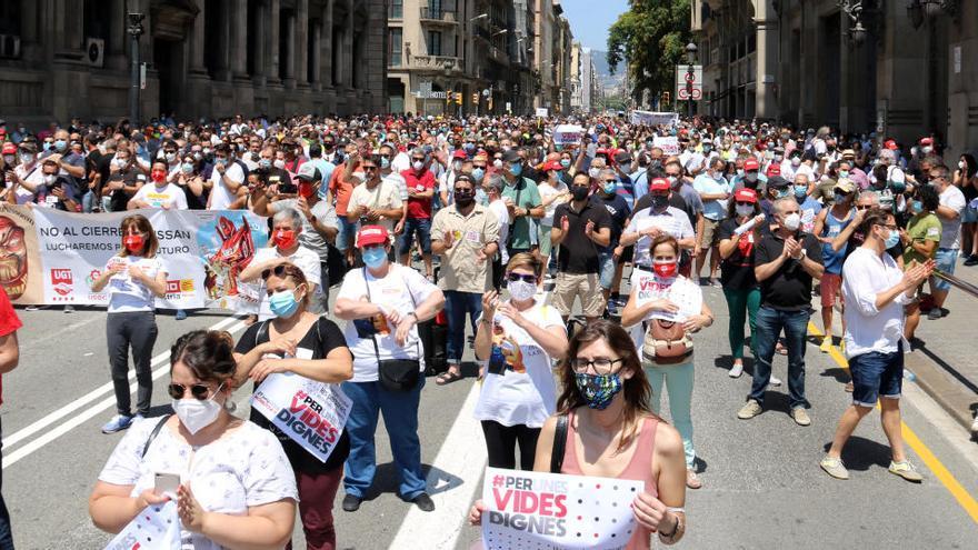 Els sindicats clamen per un acord que rescati persones, ocupacions i salaris