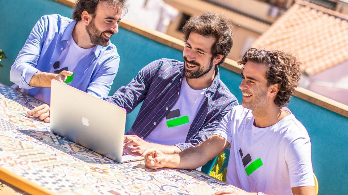 Los murcianos pueden ahorrarse 580€ en el último mes para hacer la declaración de la renta
