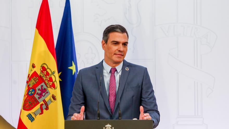 """Sánchez vende optimismo y sitúa al PP en la """"crispación"""" y el bloqueo"""