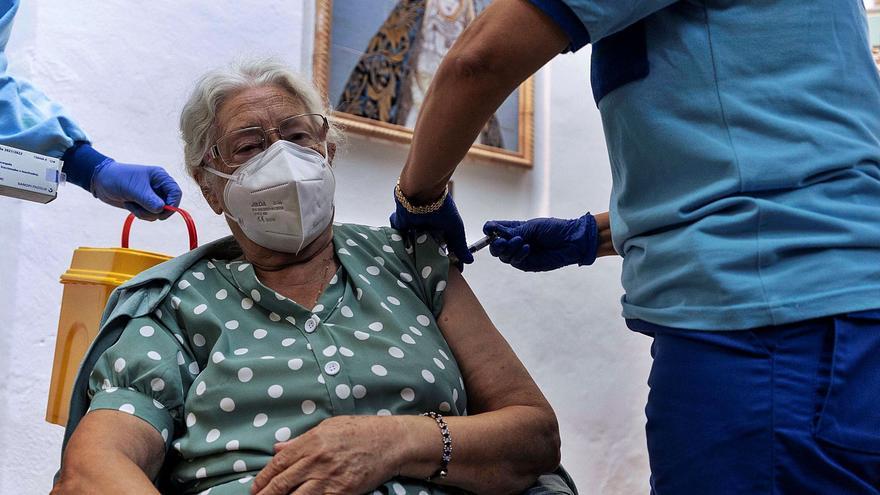 La tasa de contagios roza los 50 casos entre mayores de 70 a 79 años