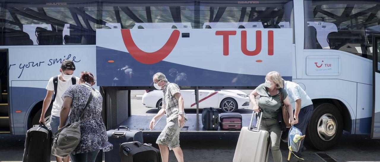 Clientes de TUI, en una imagen de archivo.
