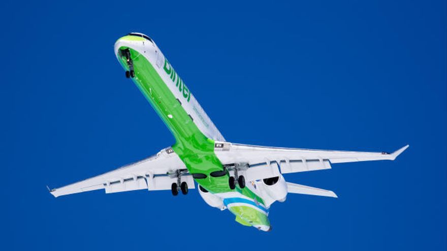 Binter amplía su programación de verano con 138 vuelos más