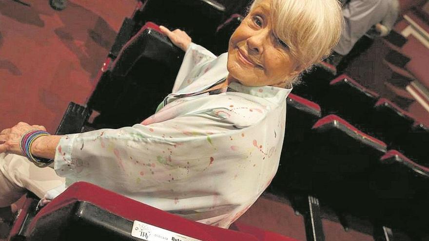 """Lola Herrera: """"Son pocos los políticos que van al teatro"""""""