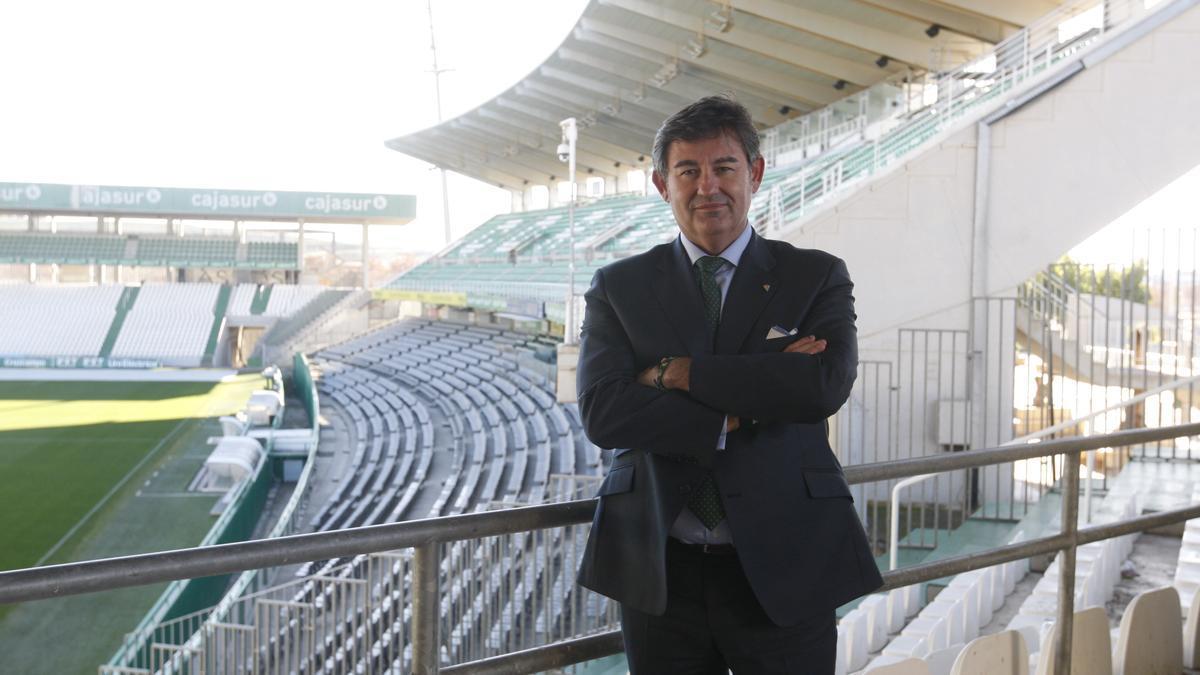 Javier González Calvo.
