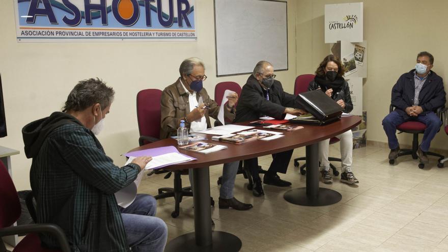 La negociación del convenio de hostelería de Castellón empieza con posturas distantes