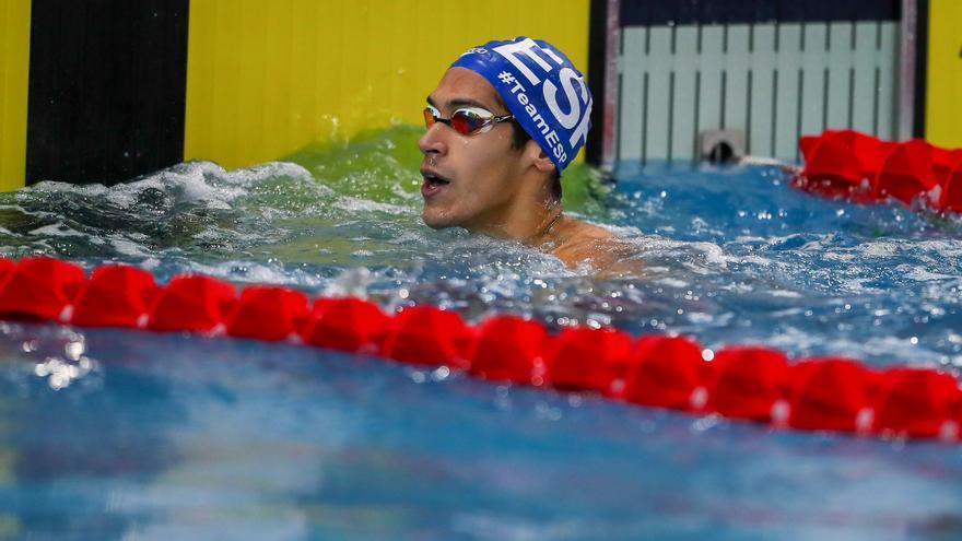 Hugo González accede a las semifinales del 100 espalda