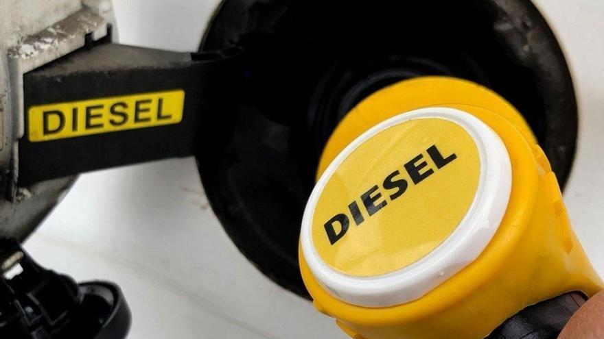 Llenar el depósito de un diésel será más caro en 2021