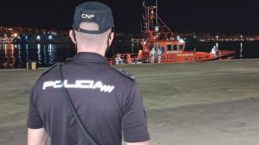 Llegan a Mallorca dos pateras más con 22 personas a bordo