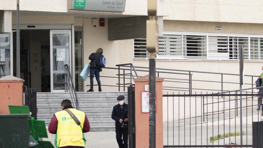 Málaga suma 150 nuevos positivos y cuatro fallecidos en plena estabilización de los contagios