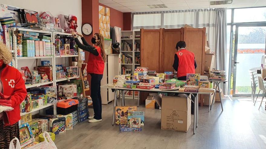 La Creu Roja entrega joguines a més de 3.200 infants gironins vulnerables