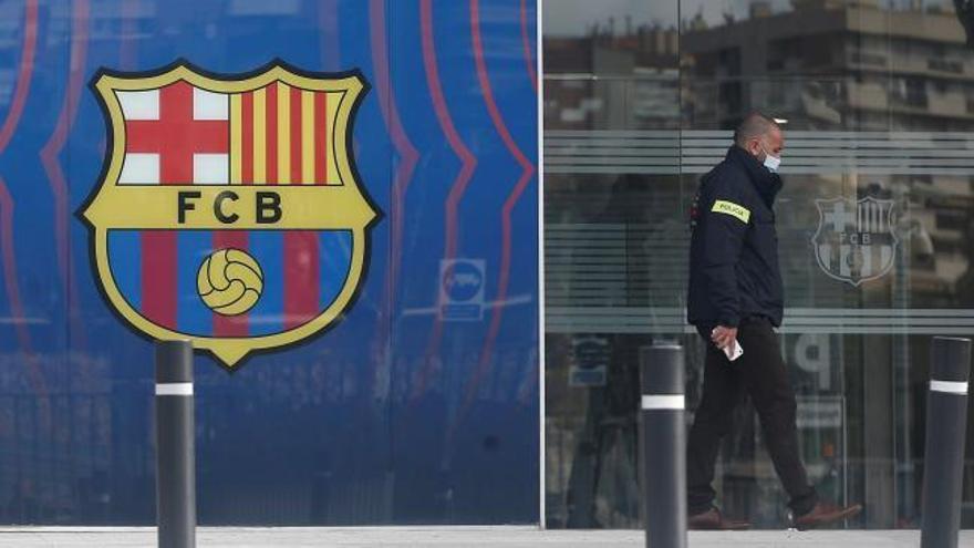 Els Mossos detenen Bartomeu i registren les oficines del Barça