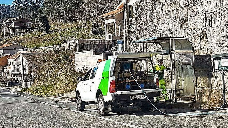 Moaña implica a los colectivos vecinales para fijar las condiciones del servicio de limpieza viaria