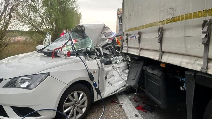 Tres accidentes en la A-62 en Valladolid dejan un fallecido, varios heridos y retenciones