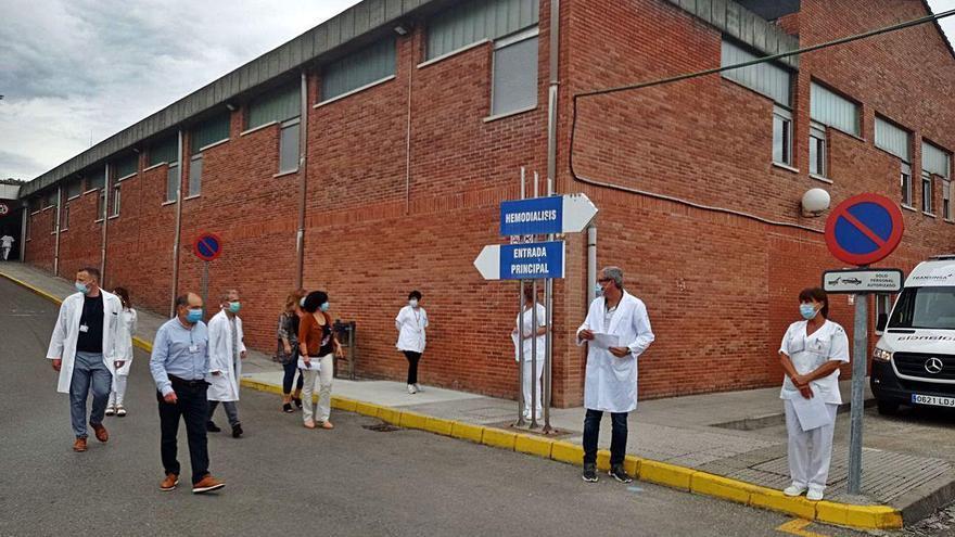 Salud realiza más de 450 pruebas por los dos positivos en el Hospital de Arriondas