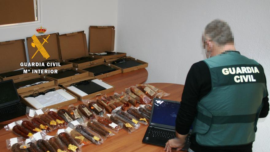 Chorizos y ordenadores, recuperados en Sanabria tras un robo en Cobreros