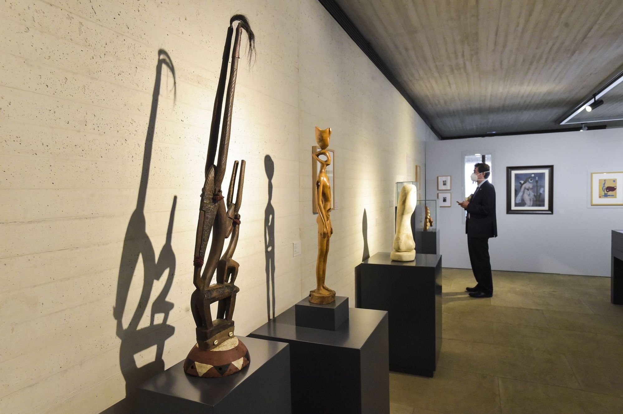 Inauguración de la exposición 'Martín Chirino. Reinas Negras'.