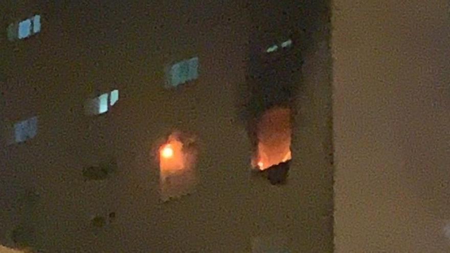 Un incendio provocado afecta a la planta de pacientes de Covid de un hospital de Cádiz