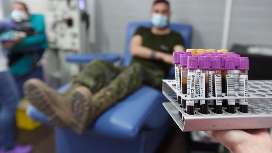 Militares de Rabasa que han pasado el coronavirus donan plasma para tratar a pacientes graves