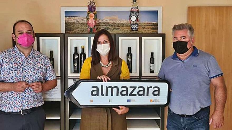 Carmen Urbano destaca  el potencial del vino y el aceite de Magallón