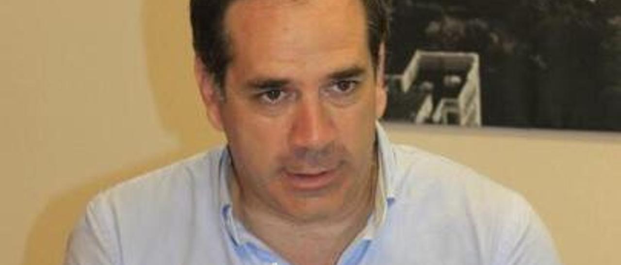 Santiago Román, de Cs.