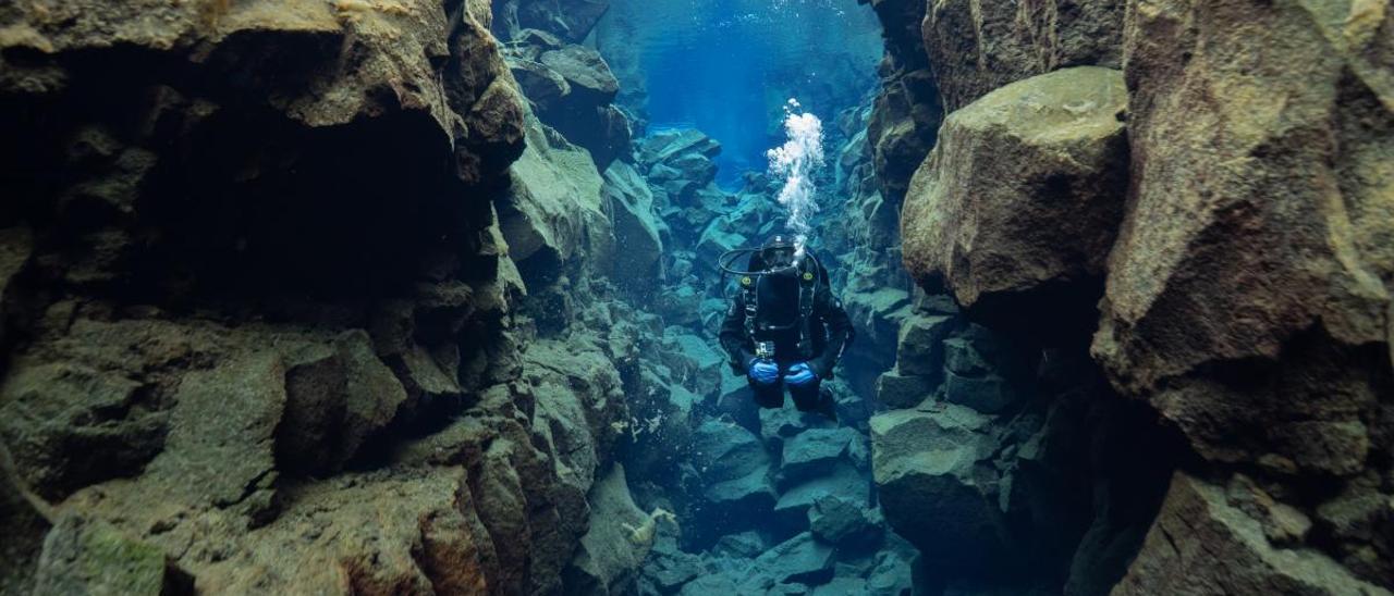 La aventura de Paco Acedo entre volcanes en Islandia
