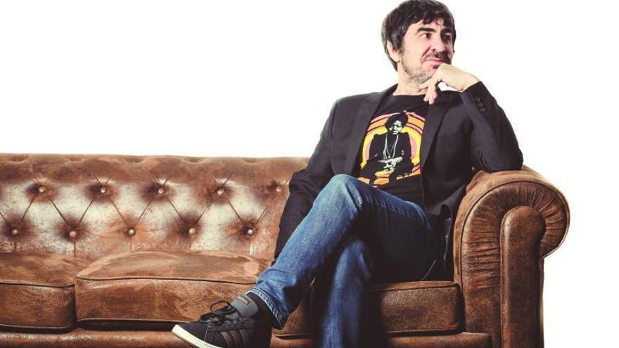 El cantant i compositor Luis Prado presenta a La Nau el seu nou disc «Directo en Loco Club»