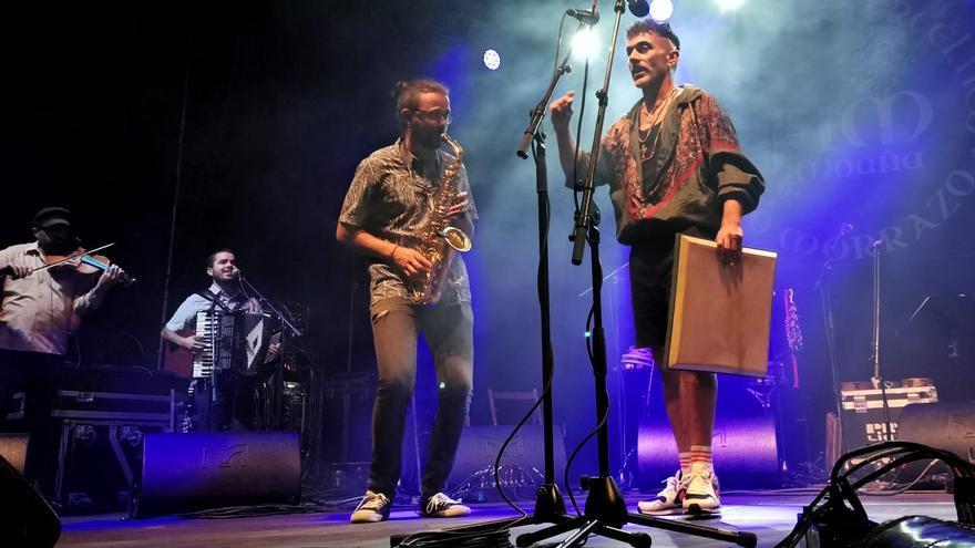 Lleno en el concierto de Xisco Feijoó en el Intercéltico