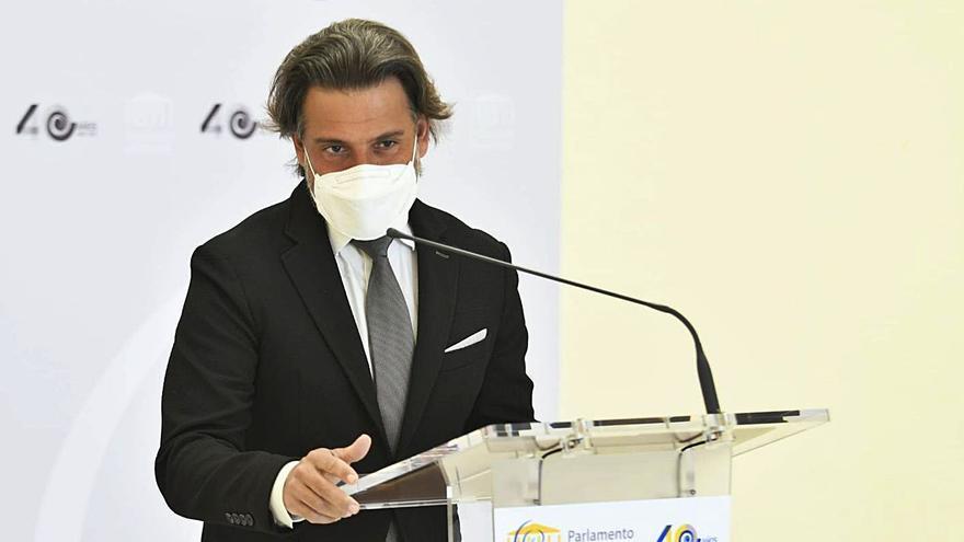 """El Parlamento de Canarias se suma a """"La hora del planeta"""""""