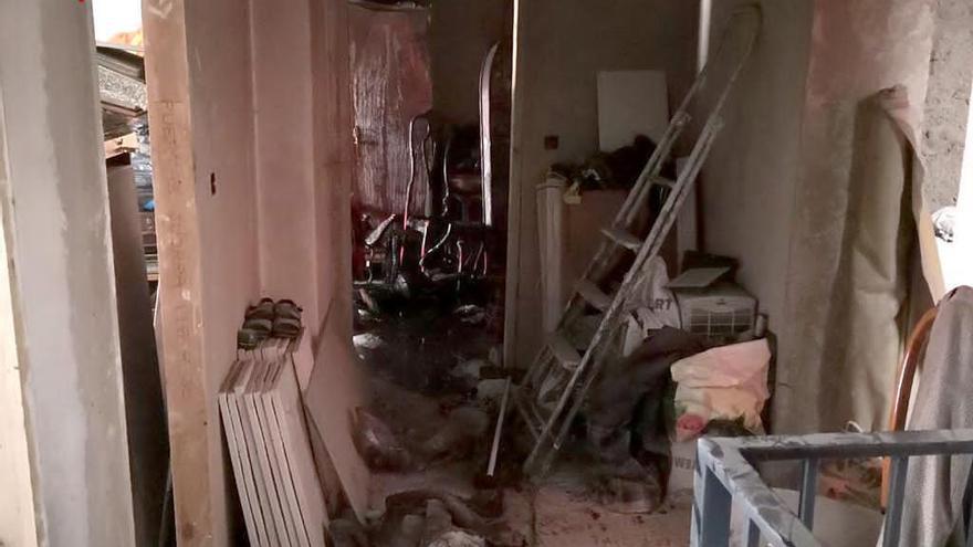 Una mujer sufre quemaduras en la cara y las manos en el incendio de su casa en Villena