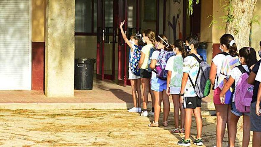Las AMPA salen en auxilio de los colegios para cubrir  el gasto derivado de la covid