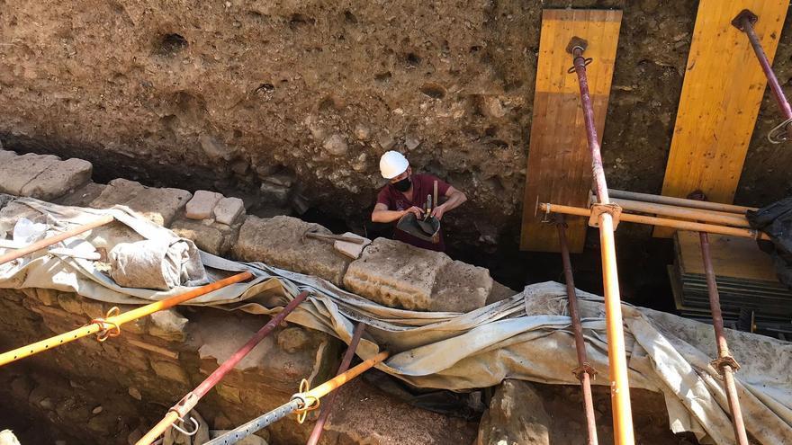 Las excavaciones en el Patio de los Naranjos apuntan hacia un gran complejo episcopal previo a la Mezquita de Córdoba