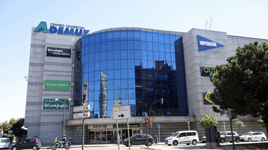 El Corte Inglés abrirá el domingo 19 en València y Alicante