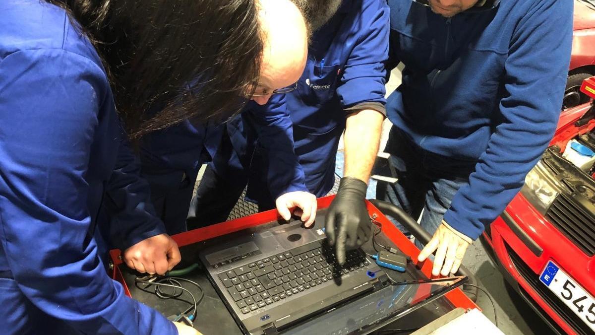 Advierten de una estafa a los talleres de la Región con un certificado contra el Covid
