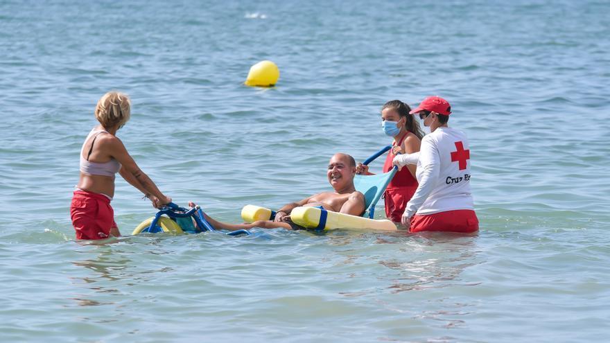 Cruz Roja contabiliza 423 rescates a personas en peligro de ahogamiento en la provincia