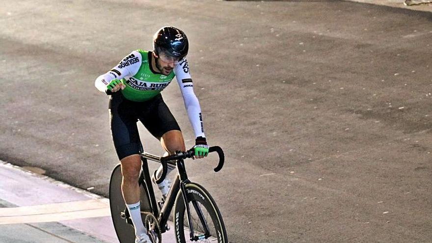 Doblete de Xavi Cañellas en el Nacional de ciclismo en pista