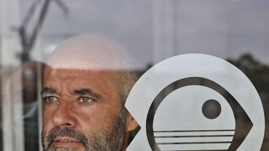 """Rafael González Quirós: """"A nadie se le ha pasado por la cabeza prohibir la pesca en el cañón de Avilés"""""""