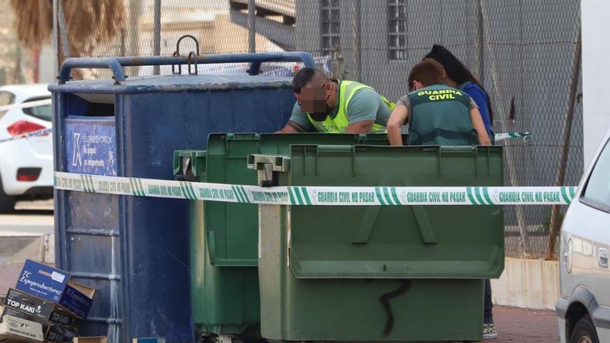 Hallan restos de una persona descuartizada en un contenedor de basura en Torrevieja
