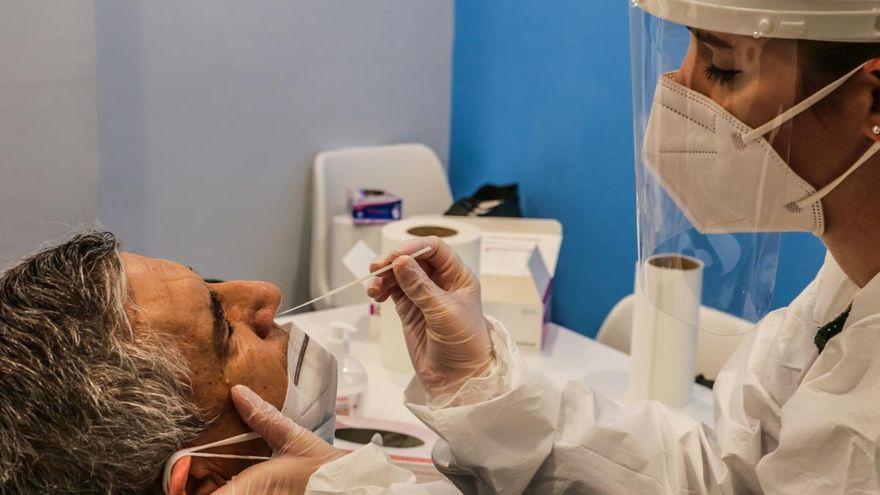 Canarias suma 5 fallecidos y 280 contagios en 24 horas