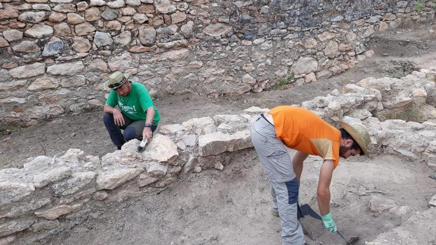 Hallan hornos metalúrgicos y una moneda del rey ostrogodo Totila en València la Vella