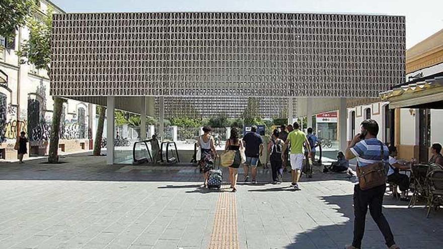 La Estación Intermodal de Palma tendrá vigilancia las 24 horas y parada de taxis