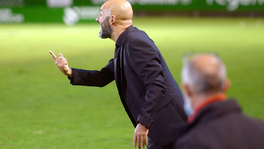 """Movilla, entrenador del Zamora CF: """"Tenemos cero por ciento expectativas y cien por cien de ilusión"""""""