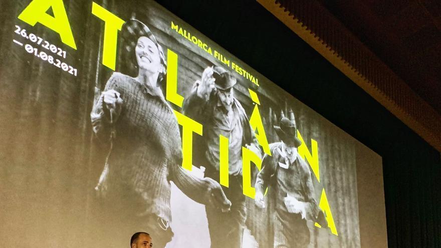 Judi Dench y Stephen Frears recibirán el Masters of Cinema en el Atlántida Film Fest