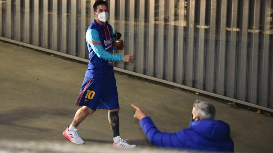 Messi, baja en el Barcelona ante la Real Sociedad en la Supercopa