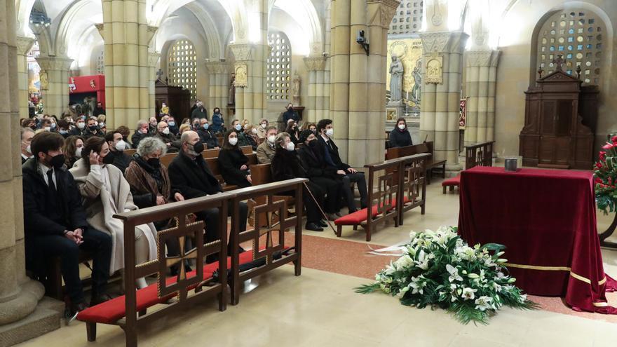 Funeral en San Pedro por Juan González Moriyón