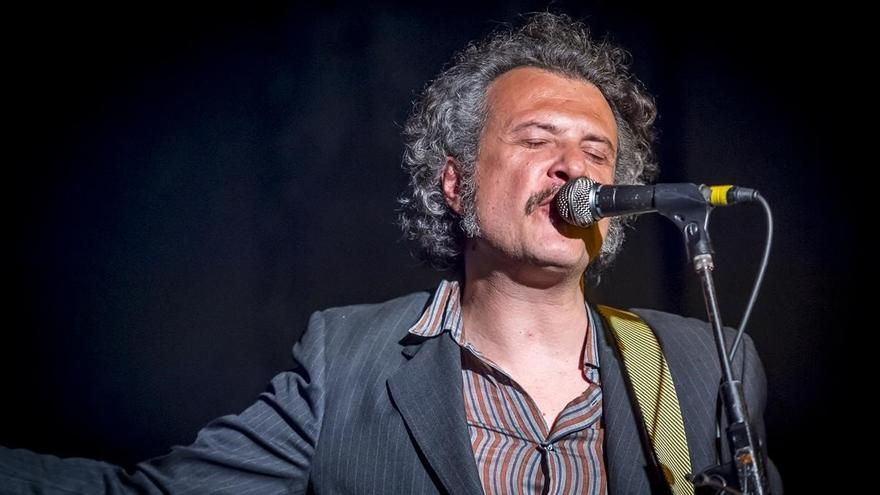 El pop rock luminoso y psicodélico de Jose Domingo